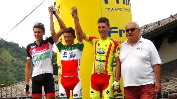 Da sx,  Podio 1^ tappa Giro Valseriana