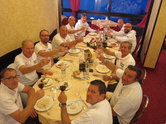 Staff Androni Sidermec riuniti a tavola