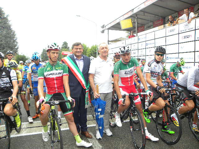 Giorgio Dattaro con Sindaco e i Tricolori Pacchiardo e Moscon (Foto Nastasi)