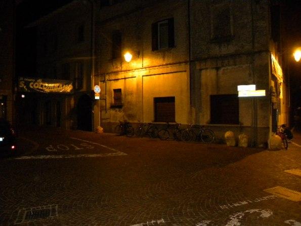 Inizio Muro di San Colombano in notturna (Foto Nastasi)