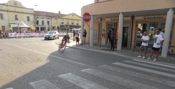 Rocchi insiste nella sua fuga che sarà poi vittoriosa (Foto Nastasi)