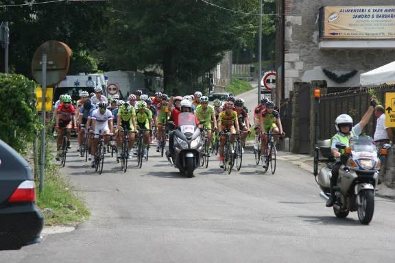 La partenza della gara Juniores a Sgurgola