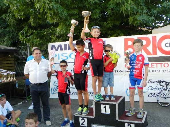 Podio Cat G3 vincitore Gabriel Vecchi e vicesindaco Stilo (Foto Nastasi)