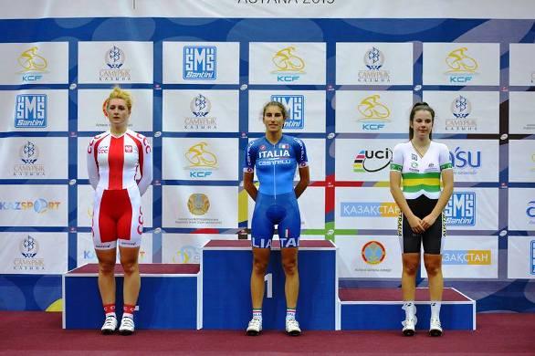 Le atlete da pèodio prima dell'investitura ufficiale ad Astana