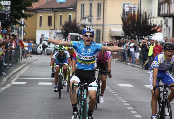 Luca Biffi del GC Almenno vince a Fara D'Adda (Foto Berry)