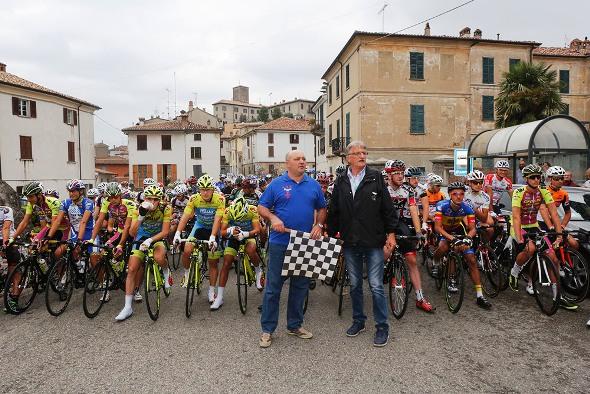 Pronti per il via col Sindaco Lorenzo Portinari e Silvio Pezzotta (Foto Pisoni)