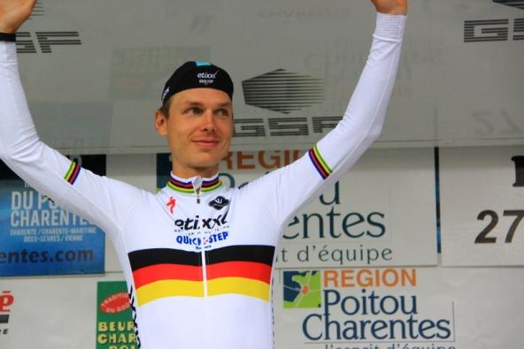 Martin, iridato cronoindividuale sul podio (Foto JC Faucher)