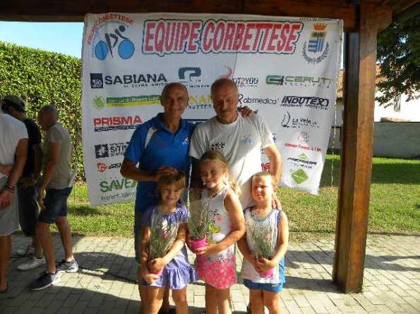Sangalli con i nipotini, Filippo, Giulia ed Emma (Foto Nastasi)