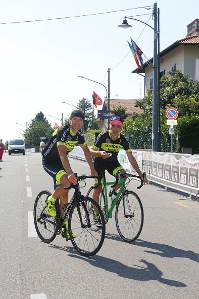 Il Console Onorario della Costa d'Avorio in Lombardia, Sui pedali col Presidente dell'A.C.E.P., Mario Lanzafame (Foto Antonio Pisoni)
