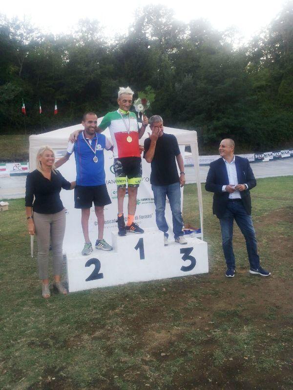 08.09.15 - Un podio Paralimpico Pista Forano