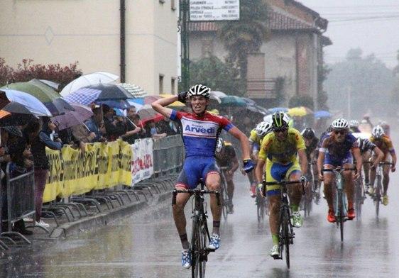 Moreni vince a Cogliate (Foto Berry)