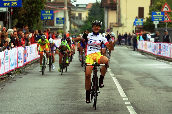 Chiara Consonni vince a Bottanuco (Foto Ghilardi)