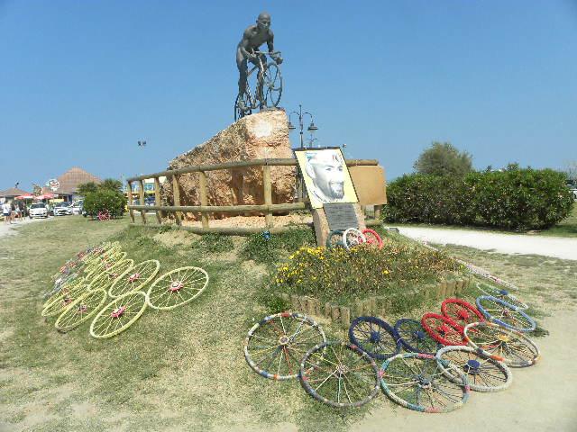 Monumento a Pantani a Cesenatico