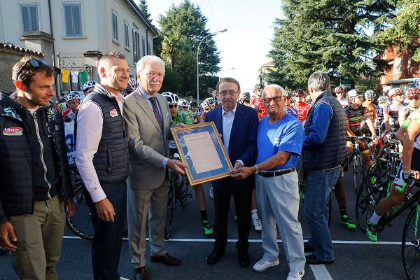 Premiazione di Ernesto Colnago (Foto Pisoni)