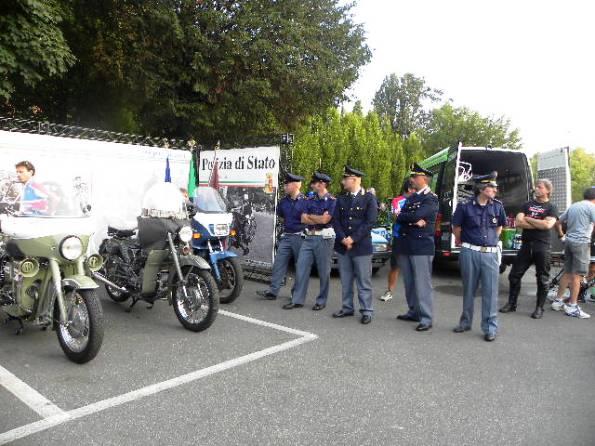 Agenti presenti al 1^ Trofeo Citta^ di Lodi, Challange settembre ciclistico lodigiano (Foto Nastasi)