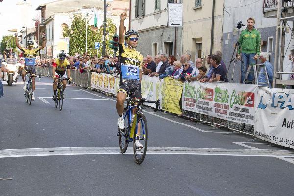 La vittoria di Vincenzo Albanese (Foto quinewsvaldera.it)