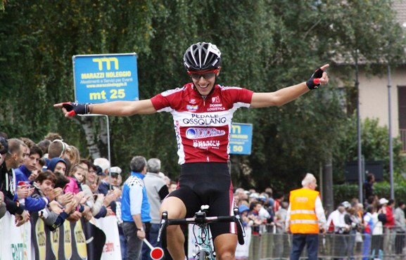Samuele Rubino vince al Ghisallo (Foto Berry)