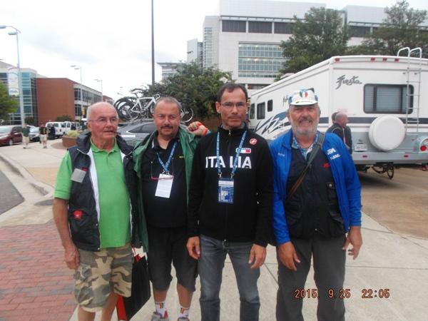 da sx, Roberto Drei, Cav Zama, CT Cassani e Roberto Miserocchi a Richmond