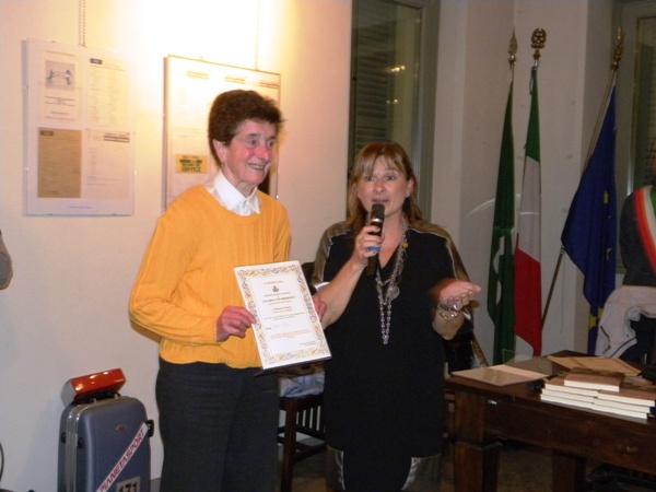 17.10.15 - Ass Rabolli premia sigra maglione giallo