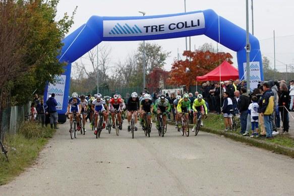 Arco Tre Colli, uno degli Sponsor del Ciclocrr di San Martino (Foto Nastasi)