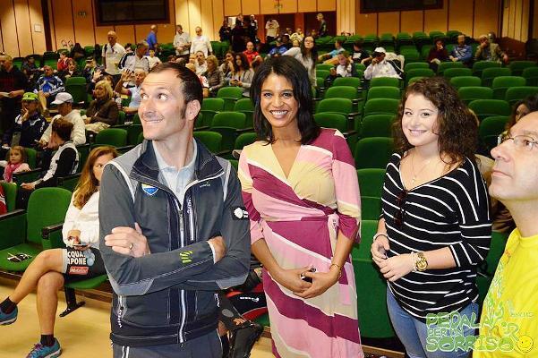 05.11.15 - Il Campione Ivan Basso con al centro la Delegata della Etiopia