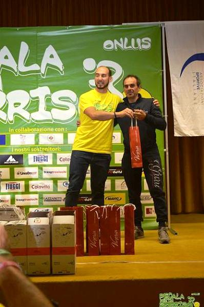 05.11.15 - Il Presidente Centomo premia l'ex campione d'Italia Cross Giuseppe Fatato
