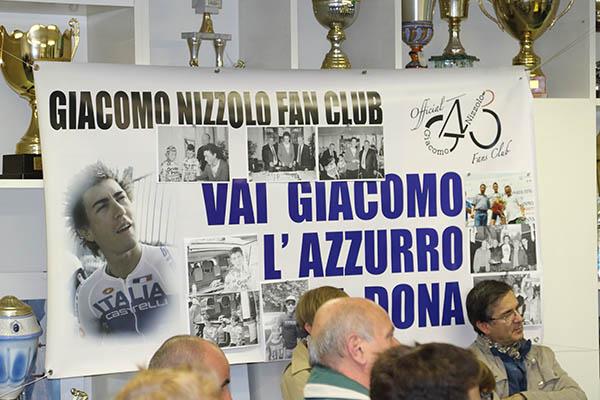 Poster Fans Club Giacomo Nizzolo (Foto Kia Castelli)