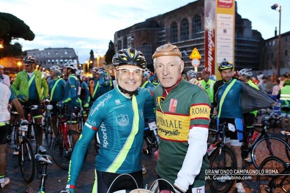 Francesco Moser col presidente della GC Campagnolo Roma
