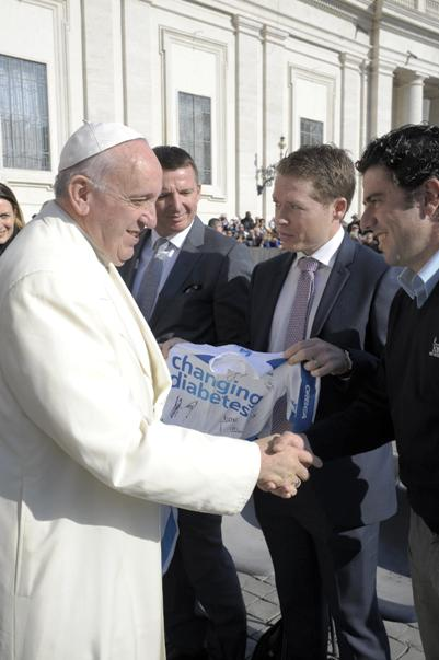 Maglia Changing Diabetes al Sommo Pontefice Papa Francesco