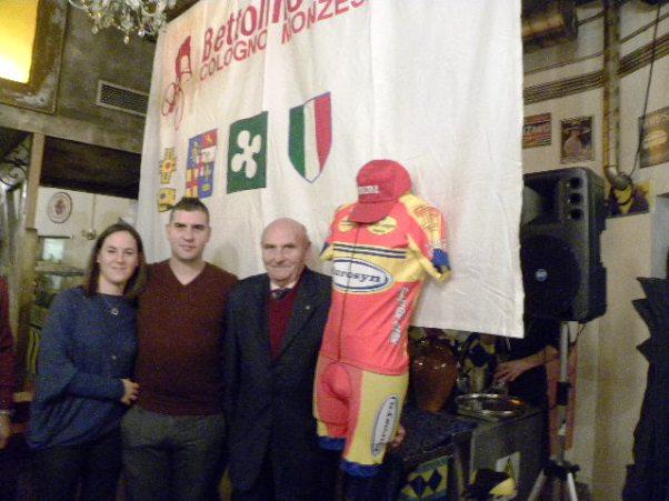 Da dx, Franco Rigoldi, Alessandro Rigoldi e la sua ragazza Anna (Foto Nastasi)