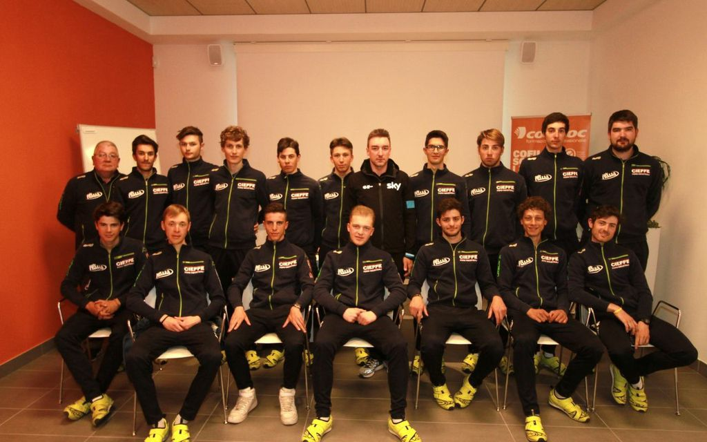 18.04.15 - Corridori Team Brilla (Foto Bolgan)