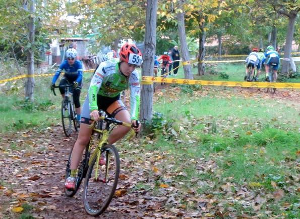 Sciuto in azione nel Trofeo Romano Scotti, prova ciclocross di Sermoneta