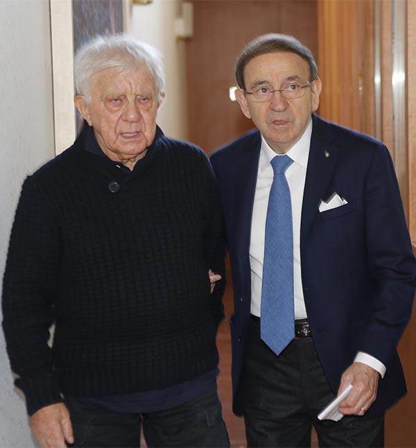 """Don Antonio Mazzi ed Ernesto Colnago, due """"Quasi Coscritti"""" avanti negli anni (Foto Pisoni)"""