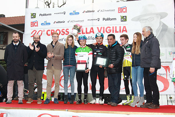 Open Elite - Podio con Bartesaghi  (Foto Kia-Giuseppe Castelli)
