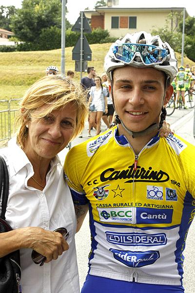 Ottavio Dotti con sua madre (Foto Kia Castelli)