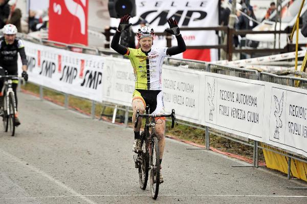 Michele Feltre TRICOLORE categoria M6+ (Foto Scanferla)