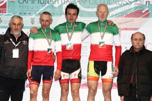 Campionato Italiano Ciclocross - Podio tutto TRICOLORE (Scanferla)