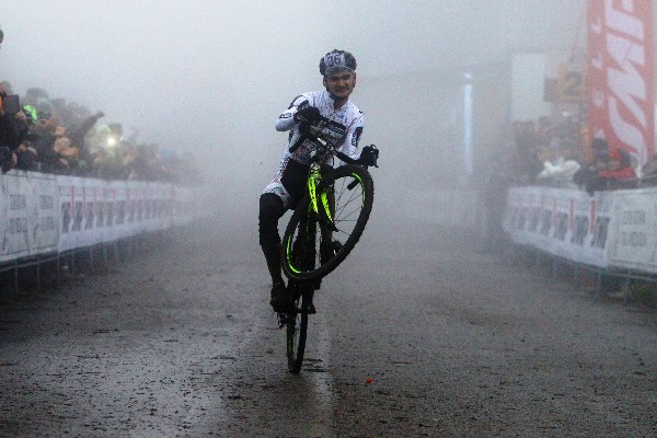 Campionato Italiano Ciclocross - Gioele Bertolini vince TRICOLORE ELITE (Scanferla)