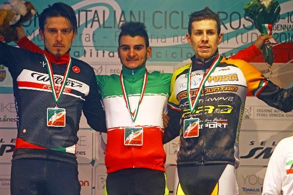 Campionato Italiano Ciclocross-da sx, Franzoi, Bertolini e Cominelli, Podio Tricolore categoria Elite (Foto Scanferla)