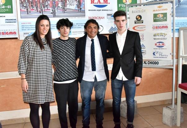 Sempre la Barbieri, Aleotti e Cavicchioli qui in posa con El Diablo, Claudio Chiappucci (Foto di Armanden)