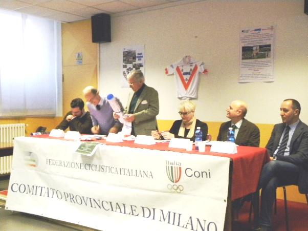 Cozzaglio e Molla (Presidente Avis Milano), firmano accordo (Foto Nastasi)