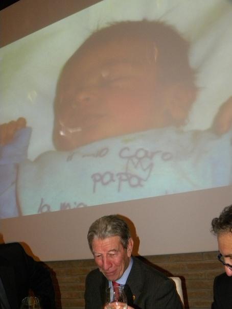 La primissima foto di Matteo Felice proiettata alla Caveja 2015 qui con Felice Gimondi