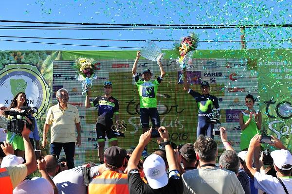 da sx, Sepulveda, D. Quintana e N. Quintana, podio finale del X° Tour de San Luis (Foto Pablo Cersomino)