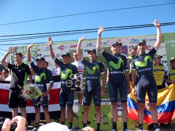 Squadra Movistar vincitrice classifica a squadre (Foto Pablo Cersomino)
