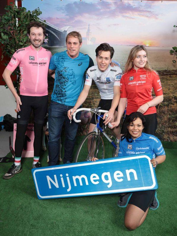 Le maglie del Giro presentate anche in Olanda