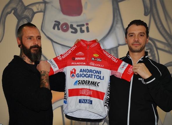 Giovanni e Maurizio Alborghetti presentano la nuova maglia Androni Giocattoli-Sidermec