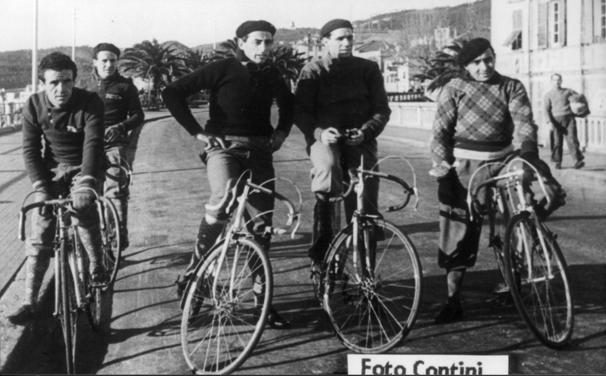 a Varazze in allenamento da sn Vittorio Vincenzo Coppi Odino e Massa
