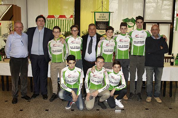 Giovani Giussanesi con Presidente e Vice (Foto Kia Castelli Giuseppe)