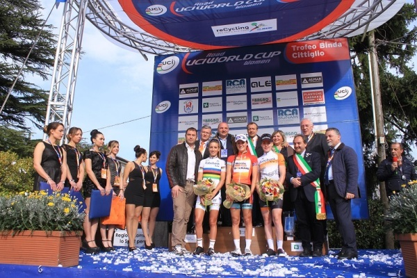 Podio Trofeo Binda 2015 (Foto Ossola)