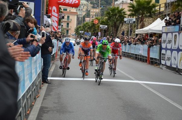 Sonny Colbrelli conquista piazza d'onore (Foto Mule)
